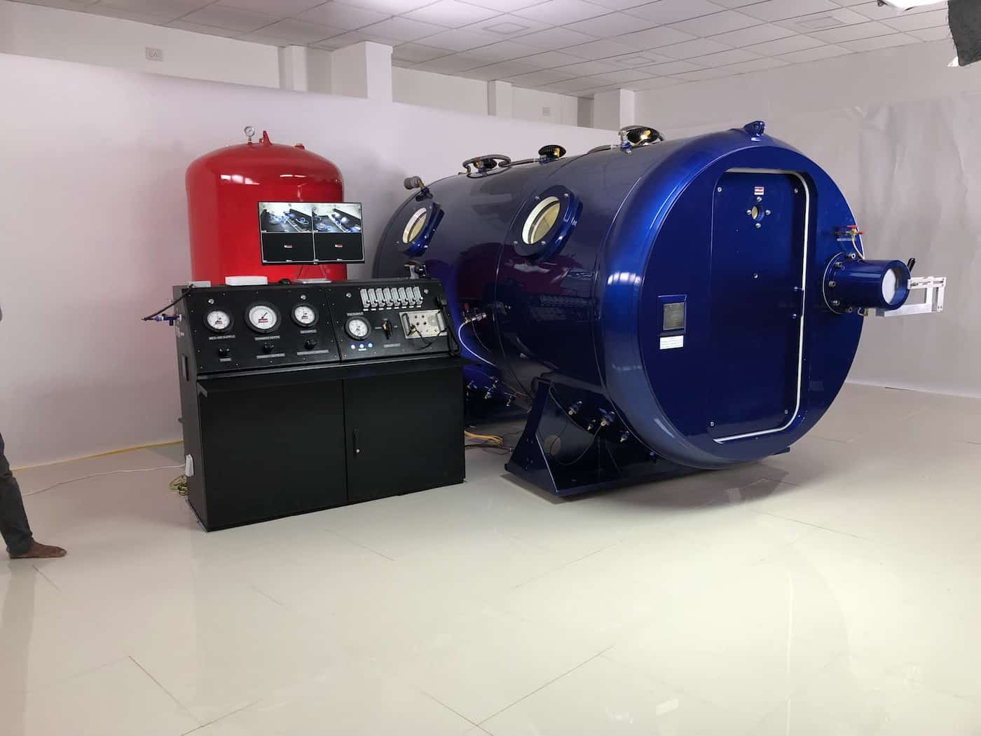 how to build a hyperbaric oxygen chamber