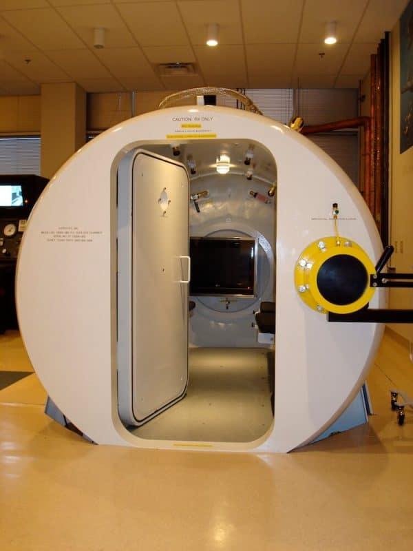 ʻO ka Chamber Hyperbaric HBOT