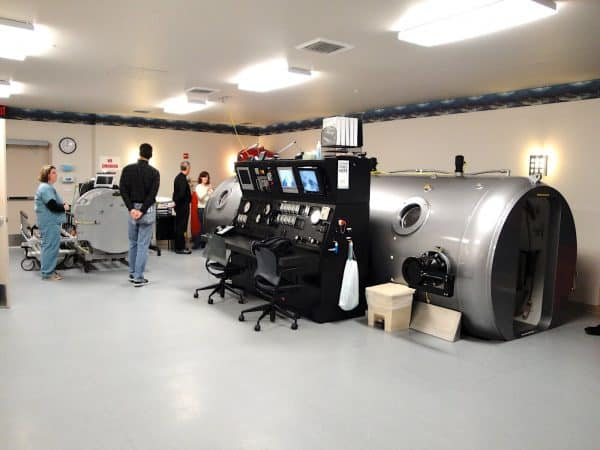 Multiplace Hyperbaric camera Model 7200 DL