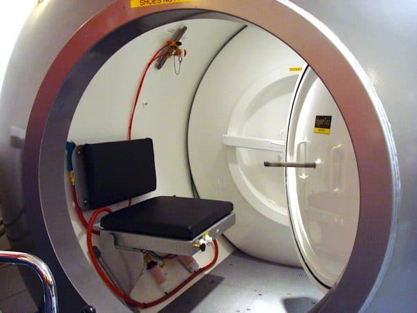Multiplace Hyperbaric Chamber Model 7200 DL എൻട്രി ലോക്ക്