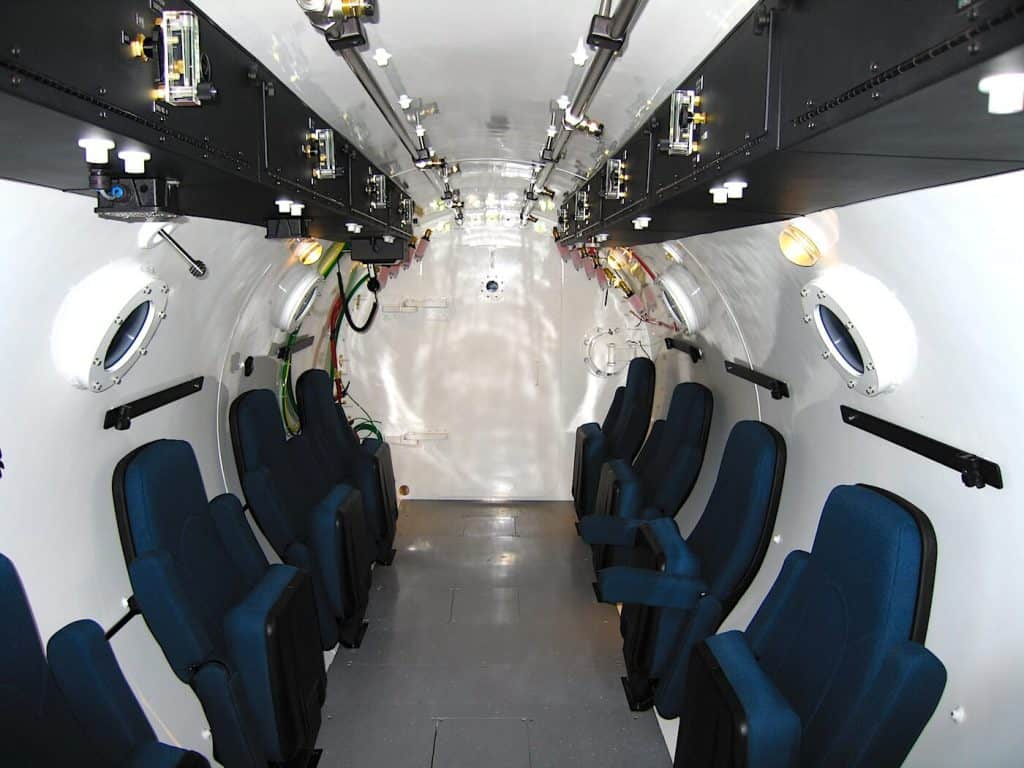 Multiplace Hyperbaric camera Model 8400 DL Seating